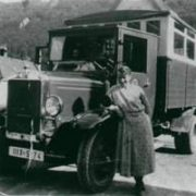 erstes Fahrzeug